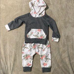 Other - 2 piece jump suit set